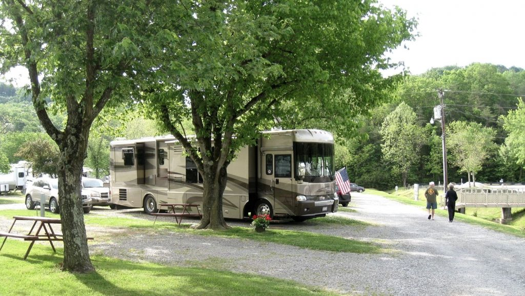 RV campsite at Raccoon Valley Escapees RV Park